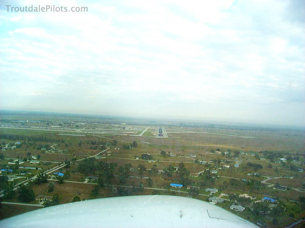 final approach Sebring Florida.